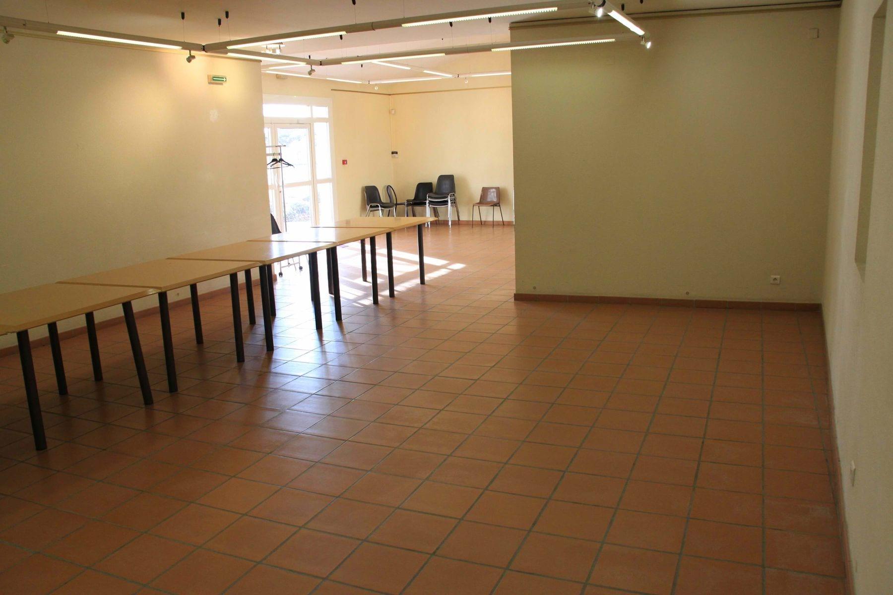 Intérieur de la salle (2)