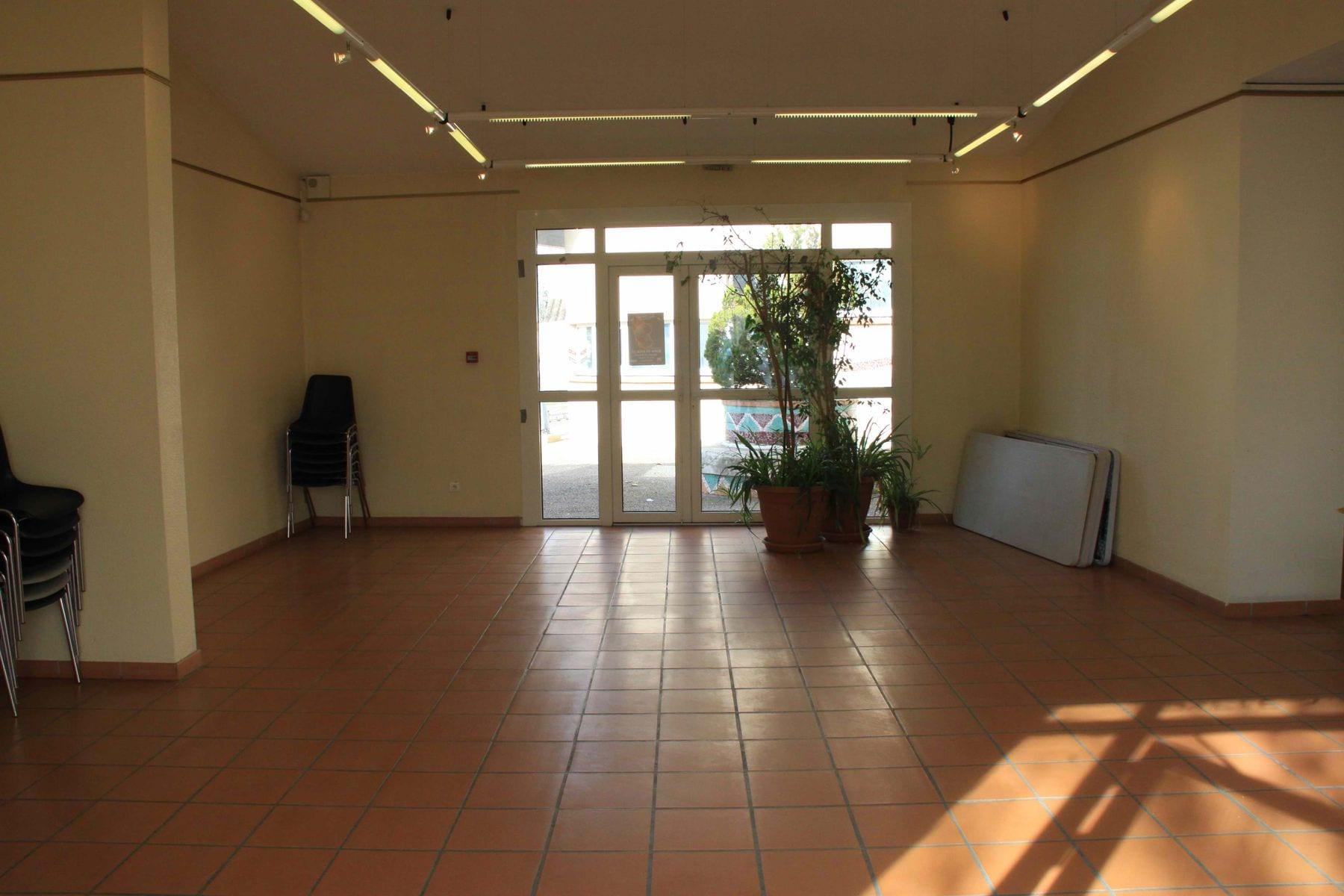 Intérieur de la salle (3)